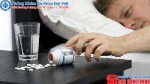 Hệ lụy của việc lạm dụng thuốc trị viêm họng