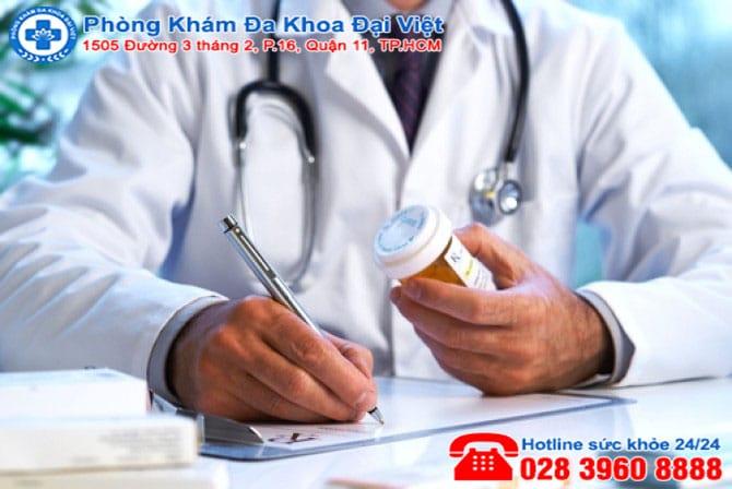 Tác hại của việc dùng thuốc kháng sinh trong điều trị viêm mũi, viêm xoang