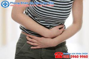 Đau bụng kinh uống thuốc giảm đau có bị vô sinh không?
