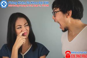 biện pháp khắc phục viêm họng gây hôi miệng